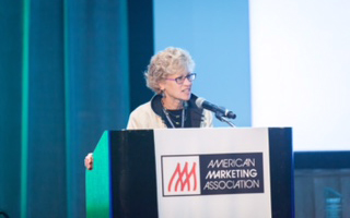Robin Coulter speaks at AMA 2015 (Courtesy of Pierce Harman Photography and the American Marketing Association)