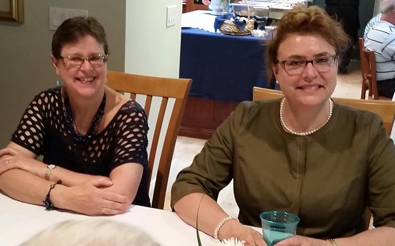 Lin Klein, Joanne Todd