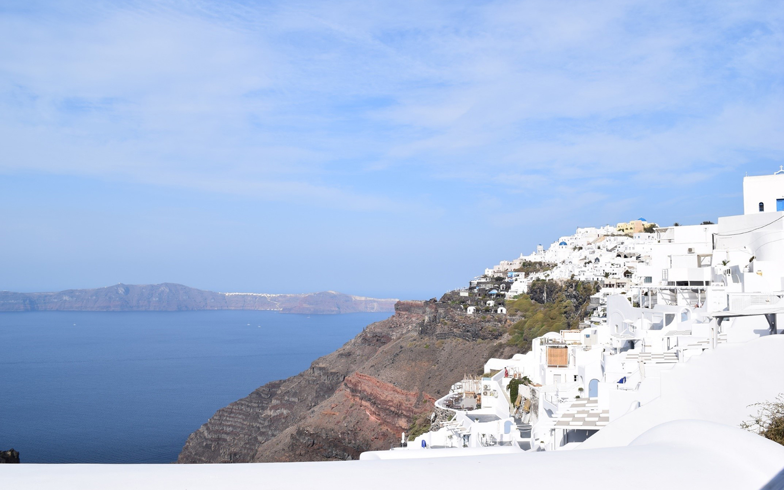 The town of Fira on the Thira Island (Santorini)(Kasia Kolc / UConn School of Business)
