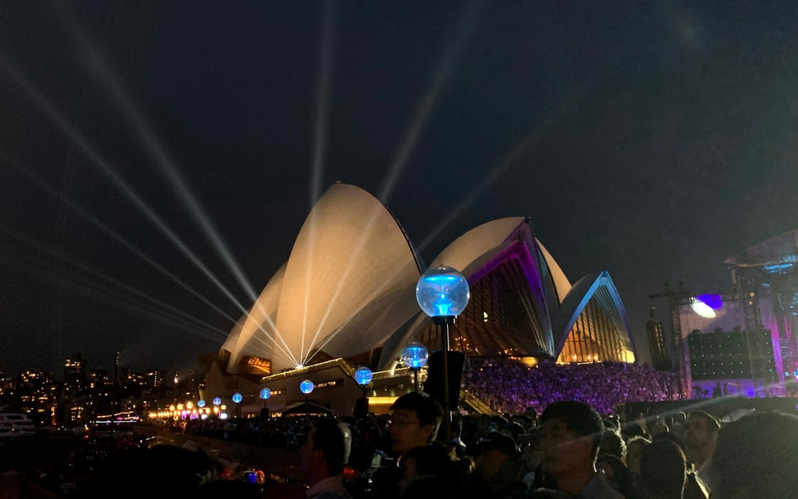 Sydney Opera House and Australia Day concert (Victoria Myers/UConn School of Business)