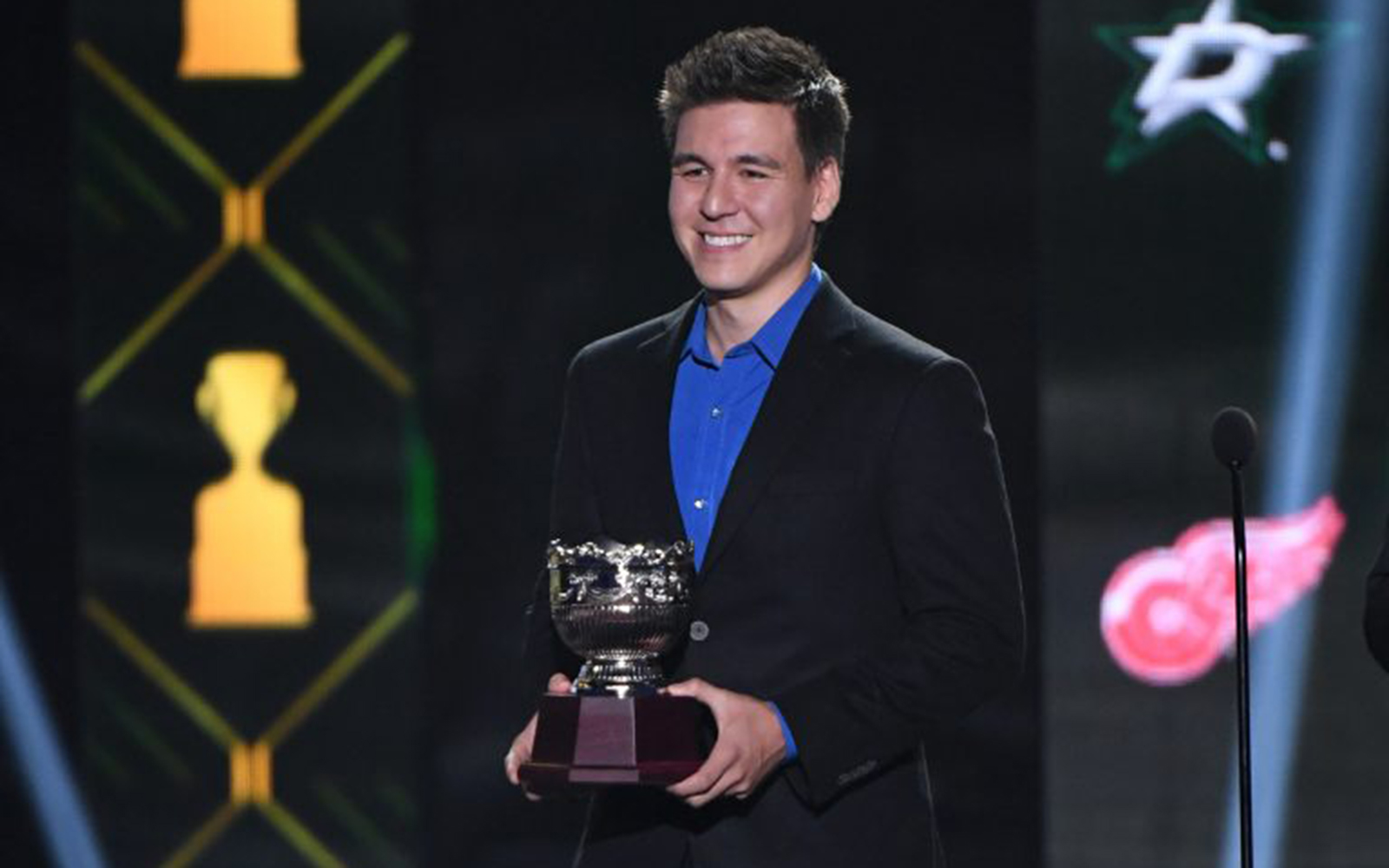 James Holzhauer, 'Jeopardy!' champion and professional sports gambler, prepares to present a trophy at the 2019 NHL Awards in Las Vegas, Nevada, on June 19, 2019. (Ethan Miller/Getty Images)