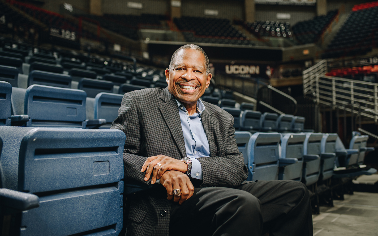 Patrick Harris '70 (BUSN) returned to UConn this week to speak about diversity at the Rosenberg-McVay Business Leadership Luncheon, as well as to address students from UConn's Scholars House. (Nathan Oldham / UConn School of Business)
